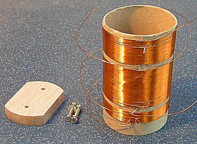 This is a medium-wave-only coil, to match the function of the Teletron coil.